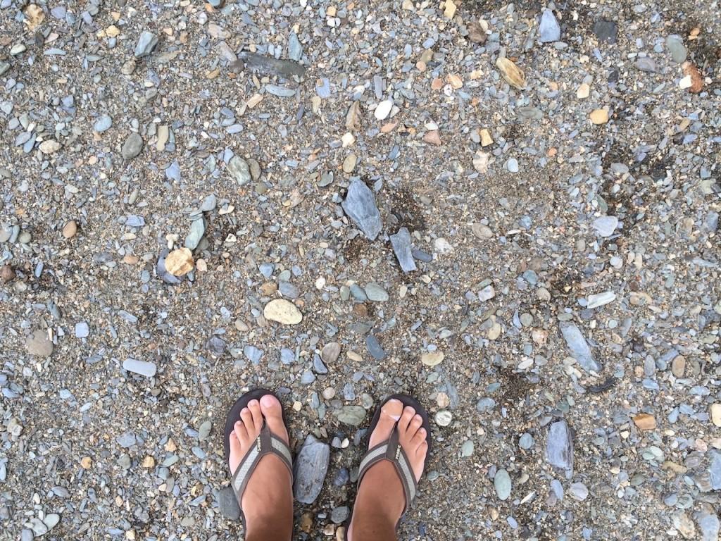 stones-feet